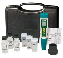 EC510: Waterproof ExStik® II pH/Conductivity Meter Kit